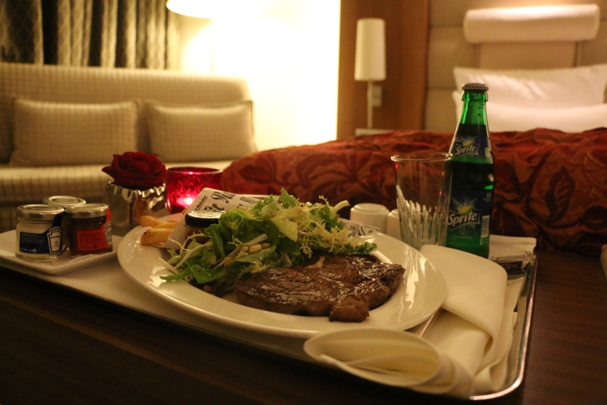Great Steak in 20 min- Thank you Room Service
